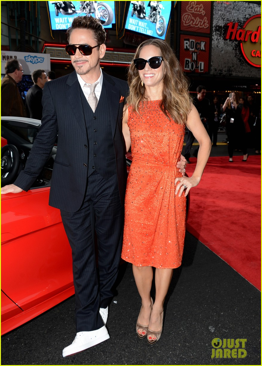 robert downey jr guy pearce iron man 3 premiere 202857585