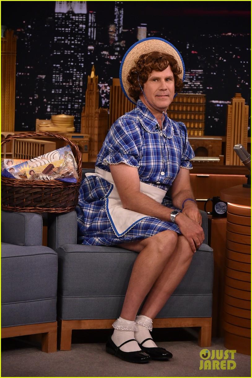 Will Ferrell Little Debbie Halloween Costume 2020 Will Ferrell Transforms Into Little Debbie for 'Tonight Show' Fun