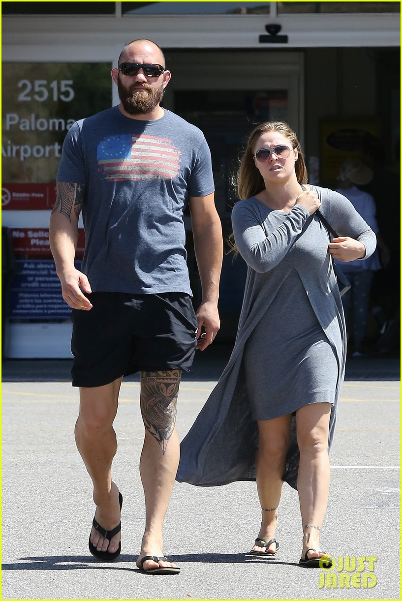 Ronda Rousey Spends the Afternoon With Boyfriend Travis