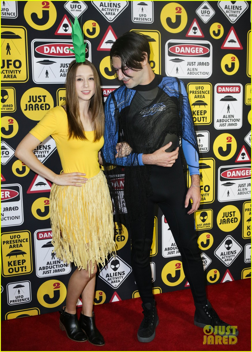 Just Jared Halloween Party 2020 Zoey Deutch & Taissa Farmiga Get Creative for Halloween at Just