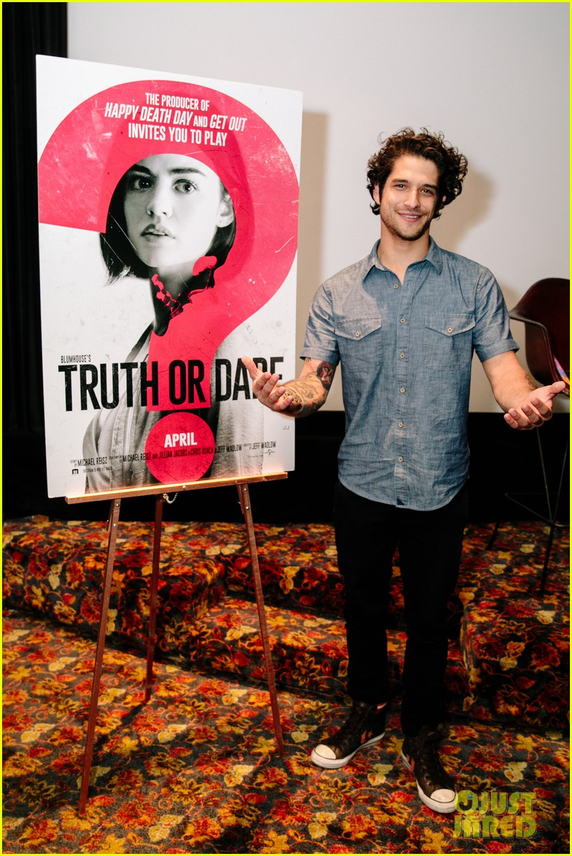 lucy hale tyler posey truth or dare premiere 424063788