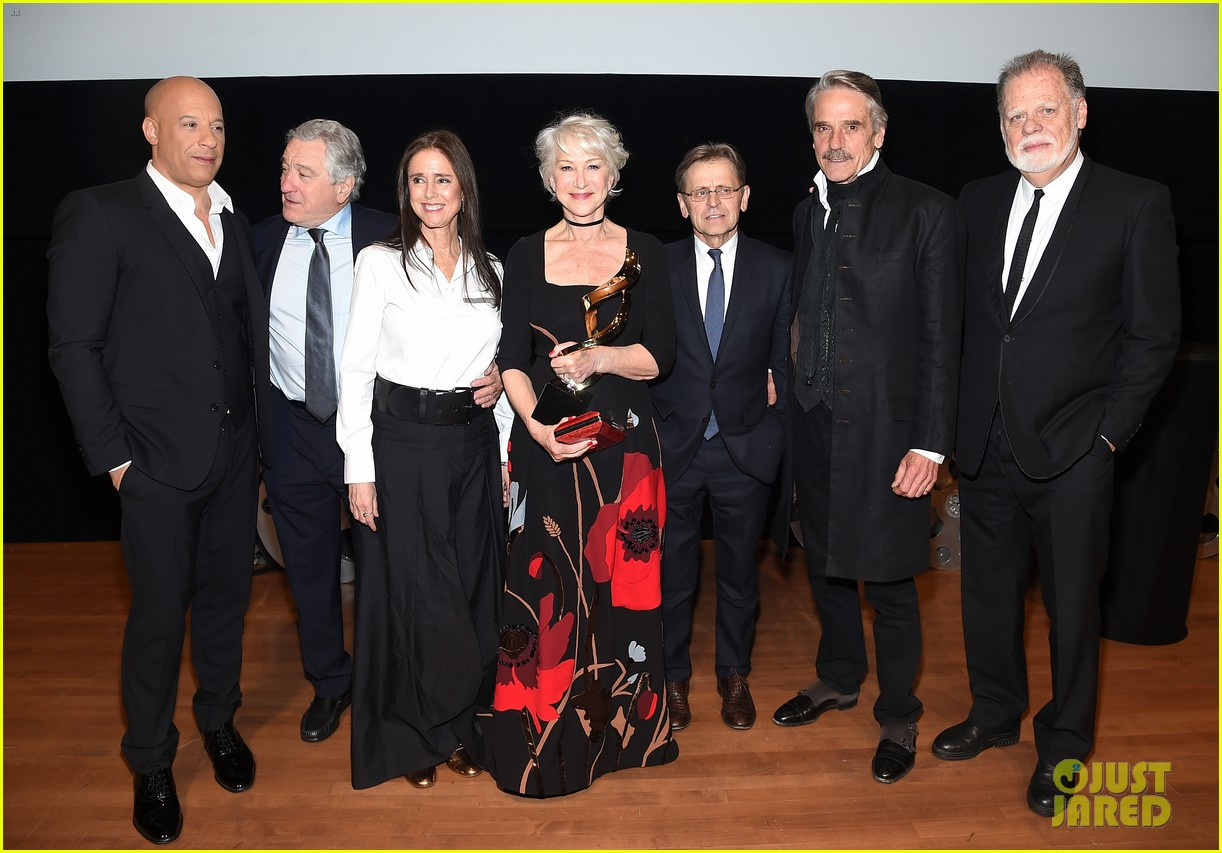 helen mirren supported by famous friends at chaplin award gala 204075057