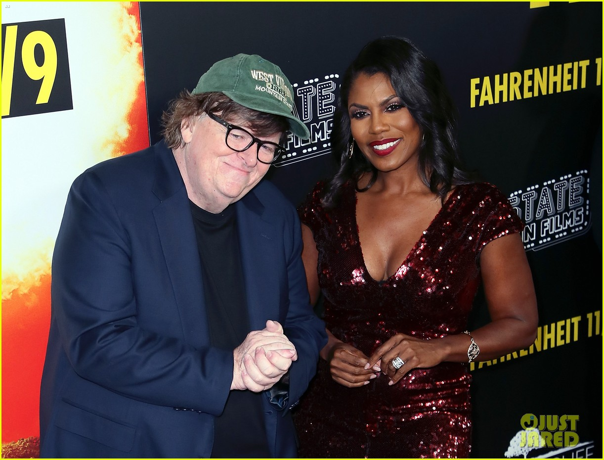 michael moore gets star support at fahrenheit 119 premiere 034150215