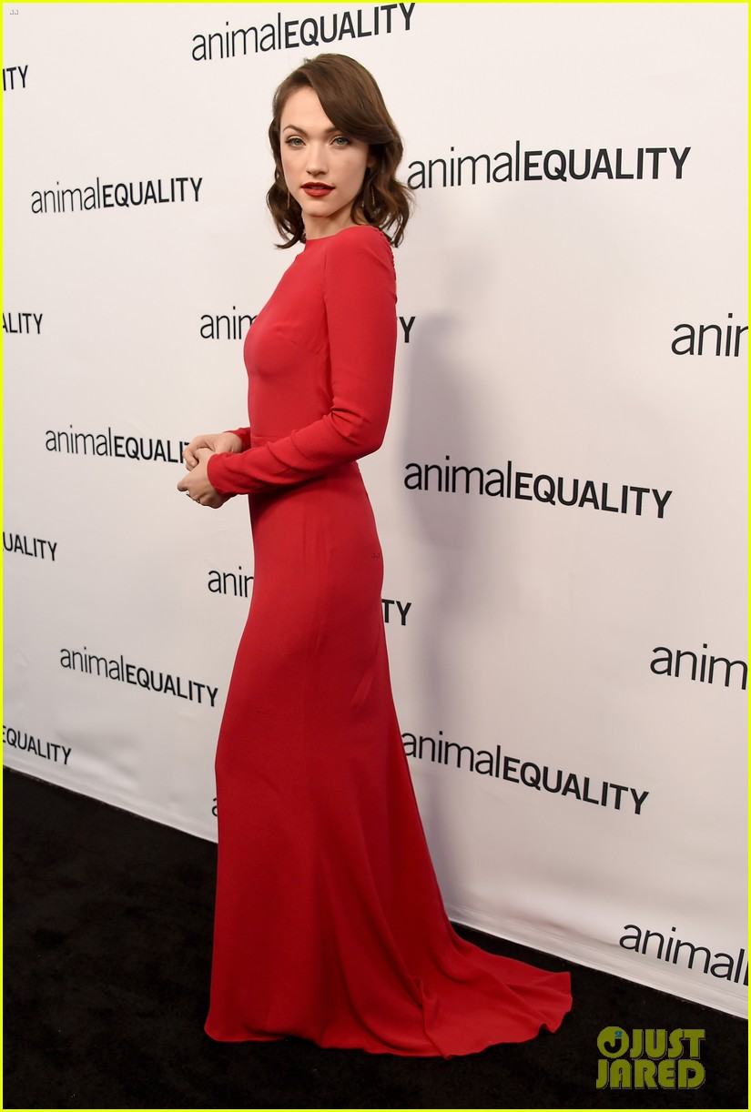 kate rooney mara step out for animal equality gala 074171484