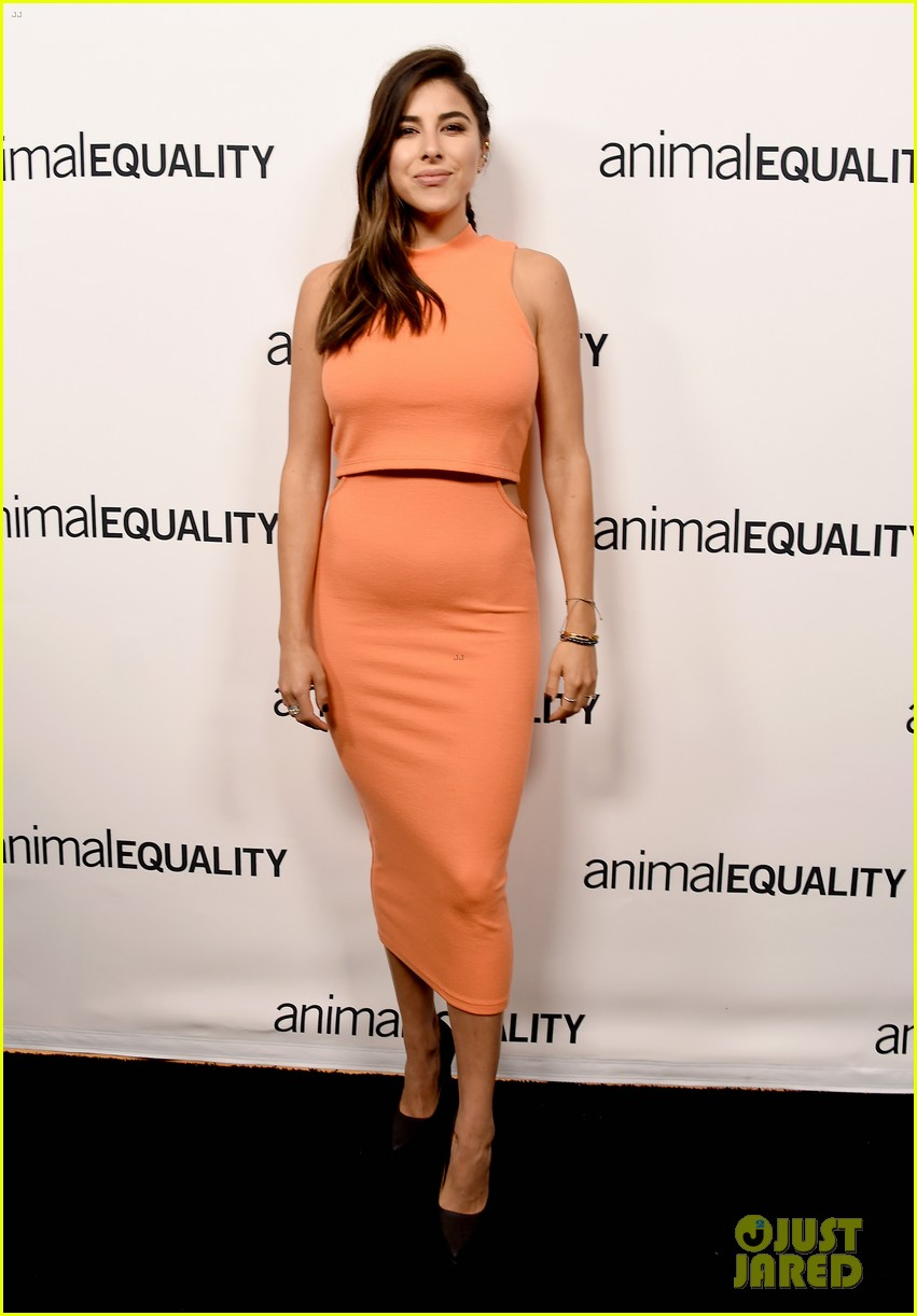 kate rooney mara step out for animal equality gala 194171496
