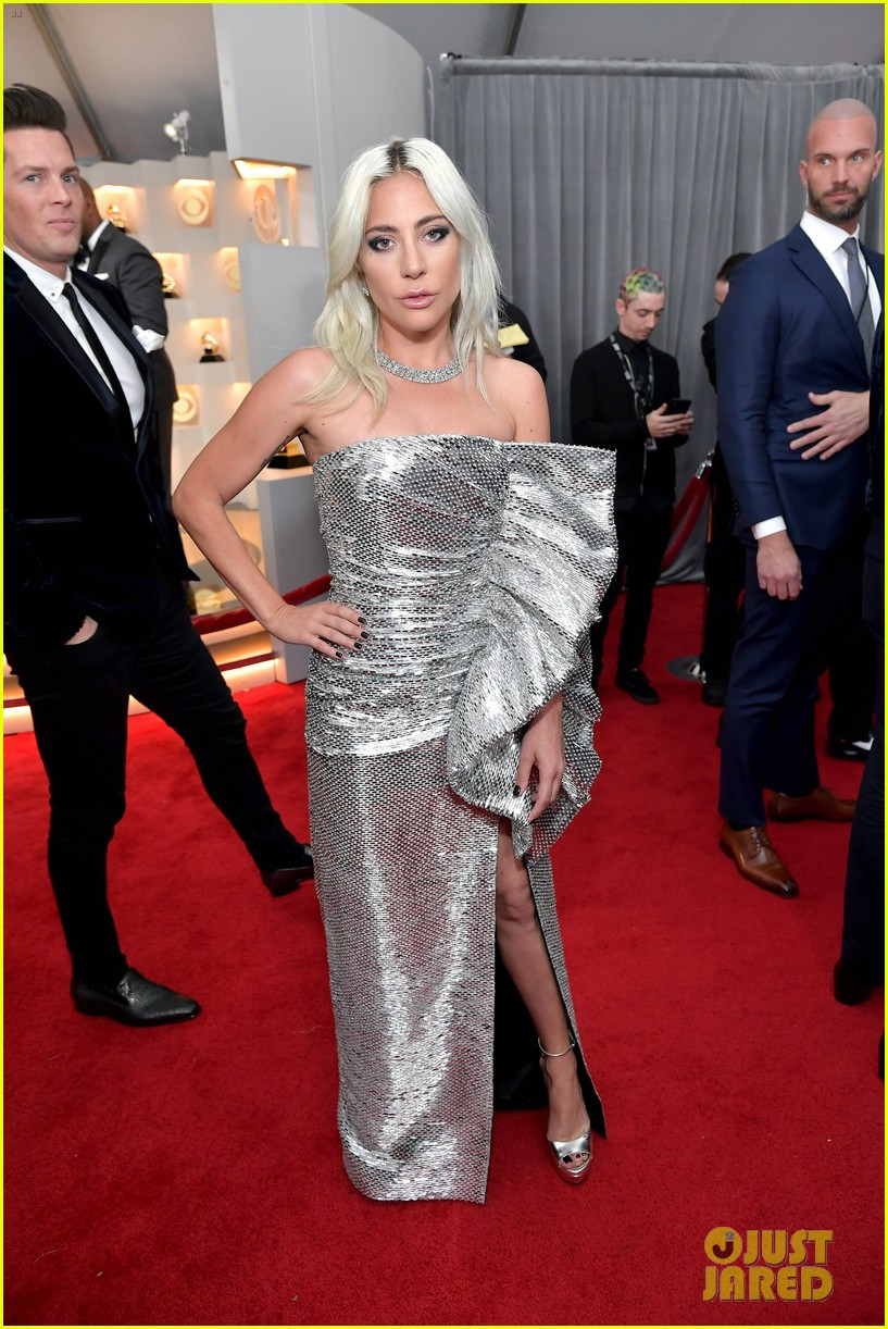 lady gaga shines in silver on grammys 2019 red carpet ahead of shallow performance photo 4236121 2019 grammys grammys lady gaga mark ronson pictures just jared just jared