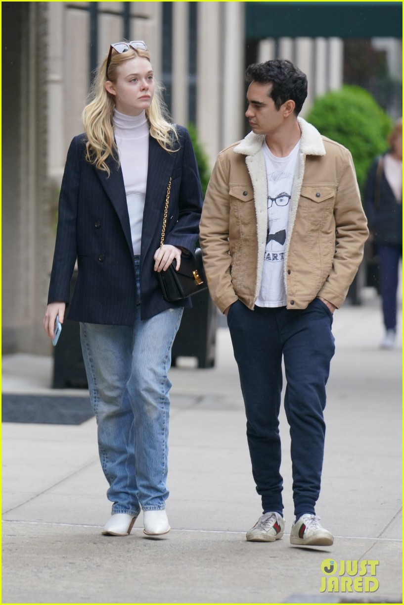 rumored new couple elle fanning max minghella go for nyc stroll 014282784