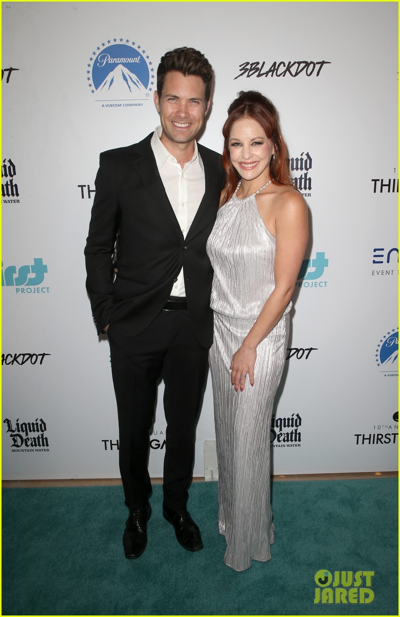 adam sandler family step out to support thirst gala 2019 044362639