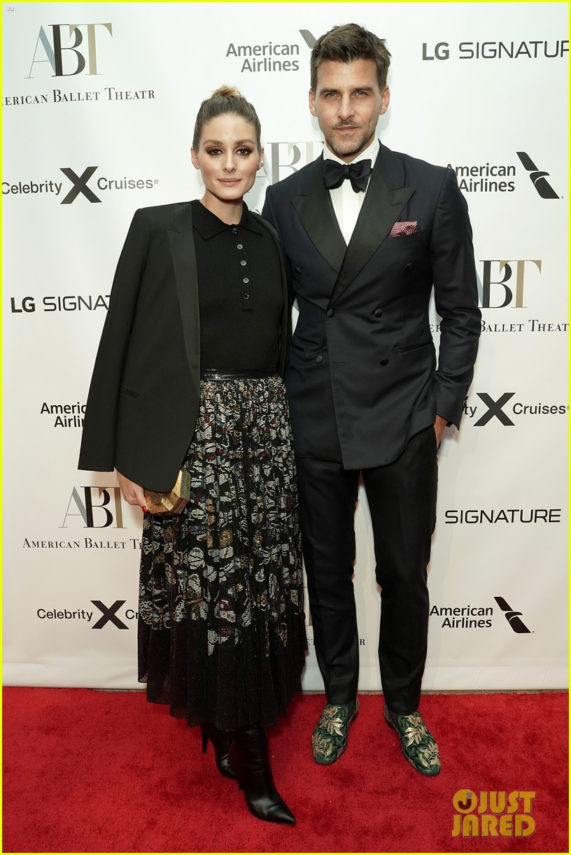 katie holmes joined by mom kathleen american ballet theatre fall gala 014372906