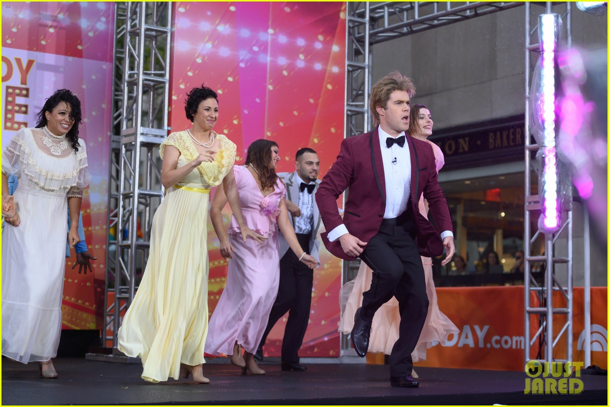 today show crew show off their moves as famous dancers for halloween 024379618