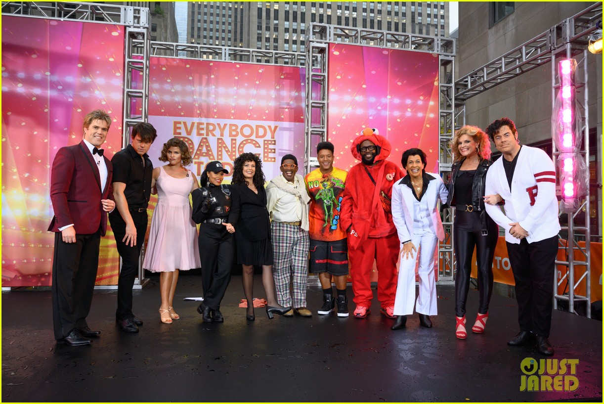 today show crew show off their moves as famous dancers for halloween 054379621
