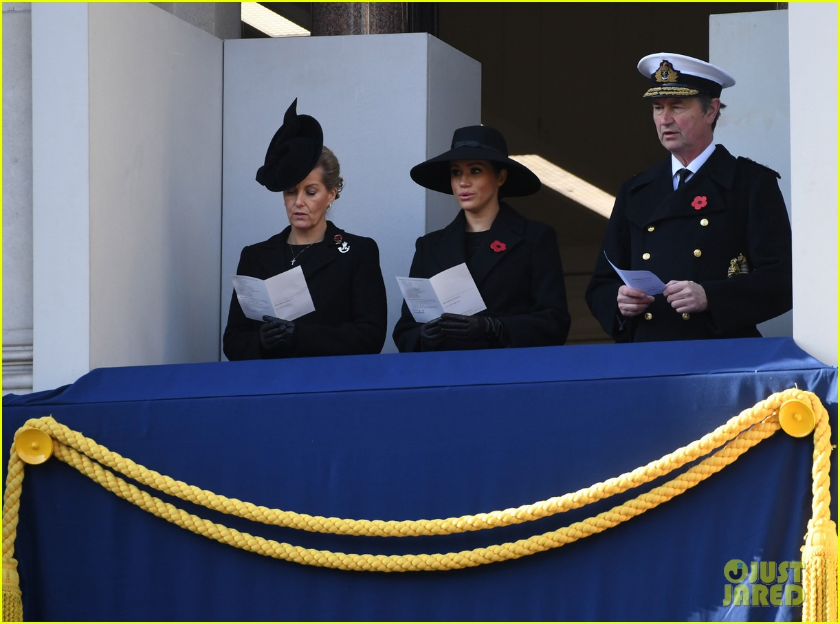 meghan markle kate middleton princes harry william join queen elizabeth royal family for remembrance sunday photo 4385524 camilla bowles camilla duchess of cornwall kate middleton meghan markle prince just jared