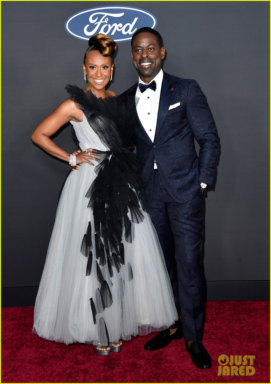 sterling k brown ryan michelle bathe couple up naacp image awards 054440959