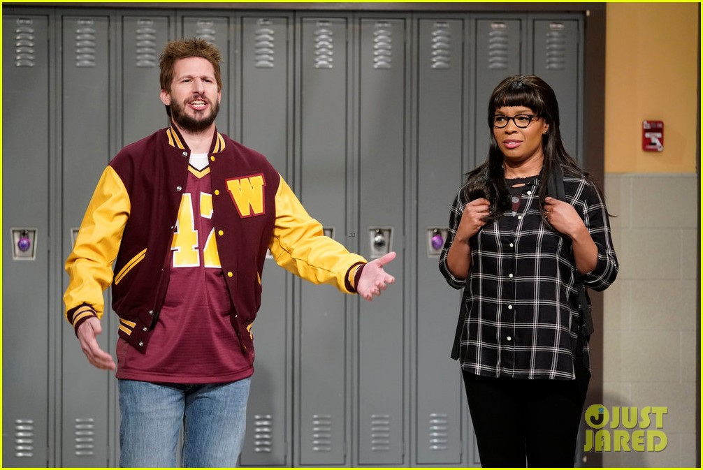 andy samberg performs sensitive bully rejected snl sketch on late night 044430029
