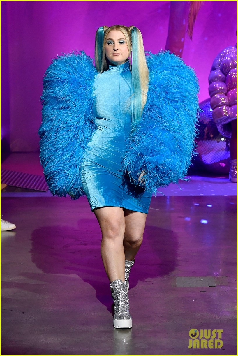 meghan trainor is bubbles at christian cowans powerpuff girls runway show 014447517