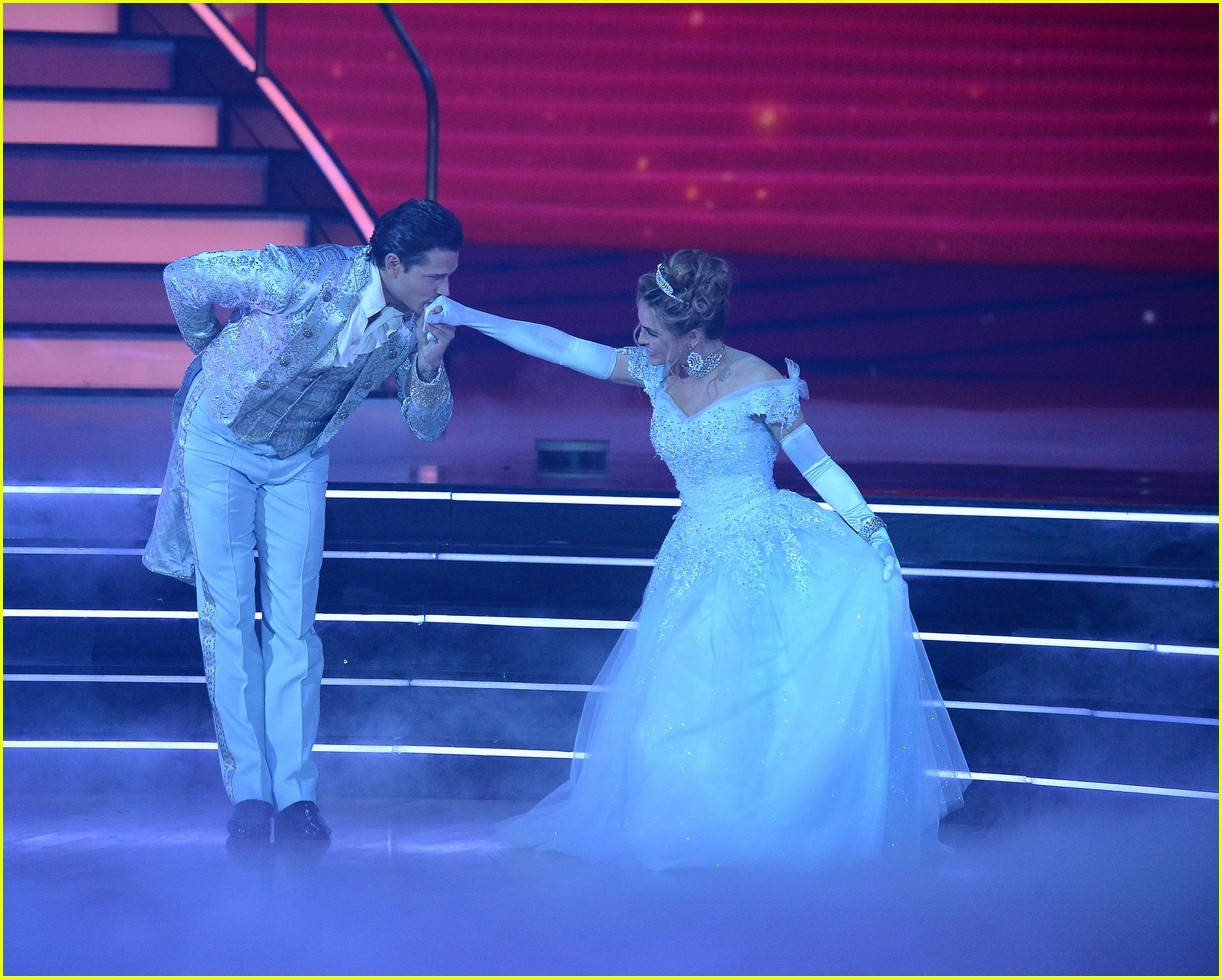 chrishell stause cinderella dancing with the stars 034488703
