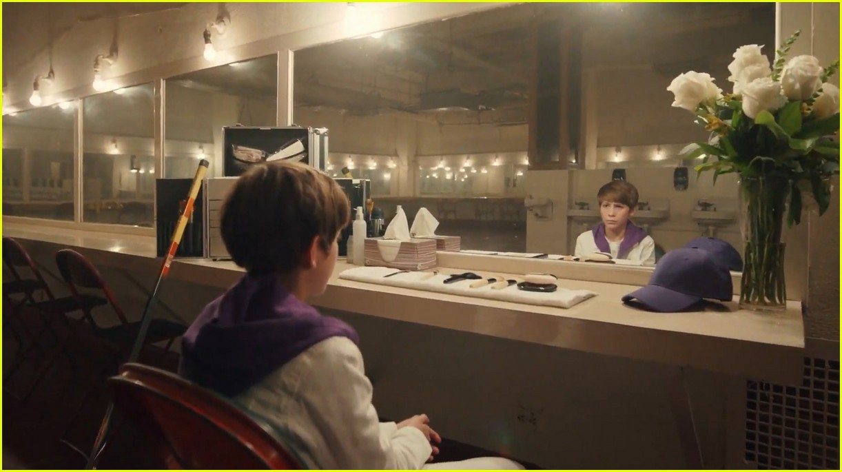 justin bieber lonely music video 014493125