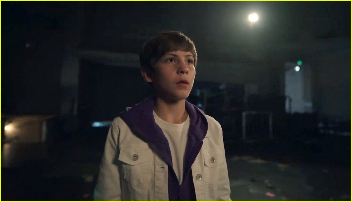 justin bieber lonely music video 024493126