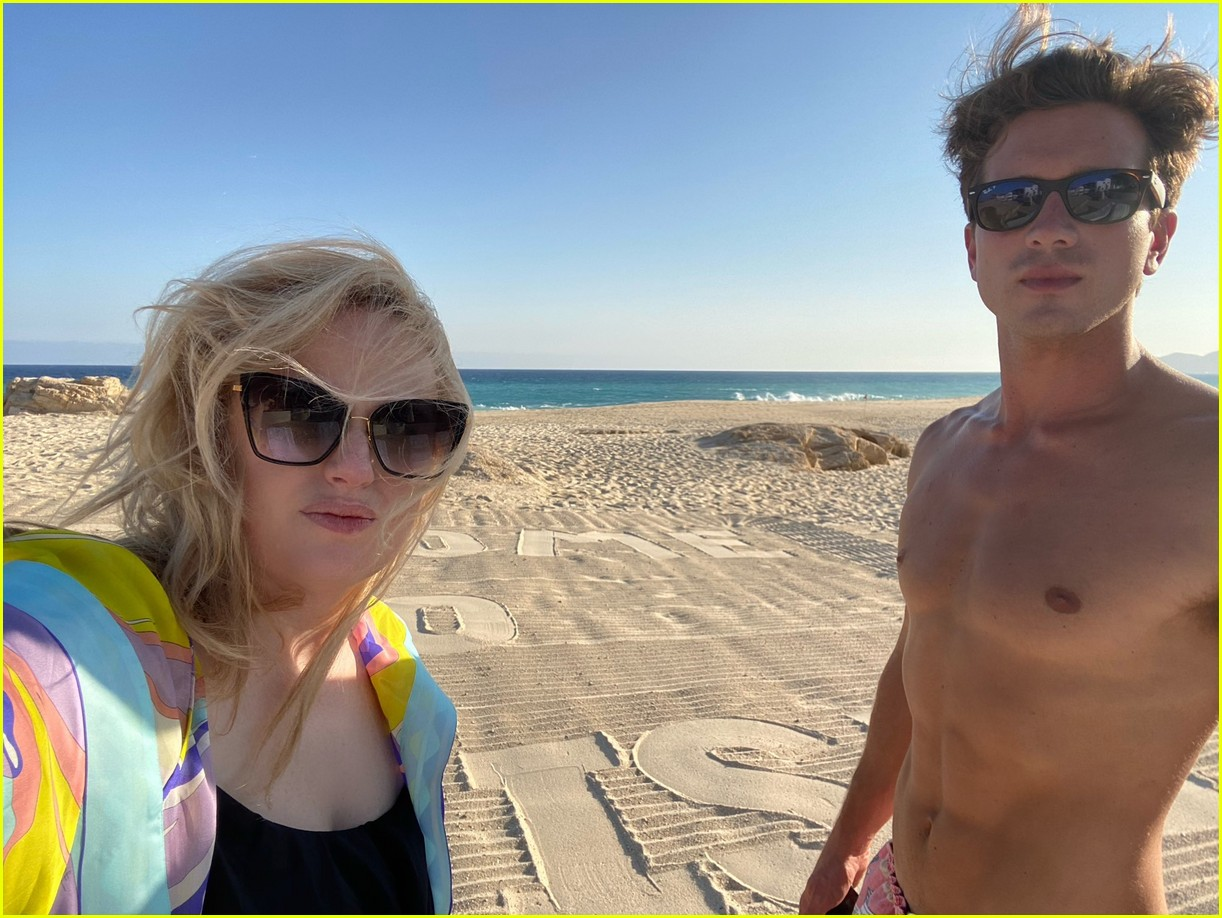 rebel wilson beach getaway with jacob busch 024491636