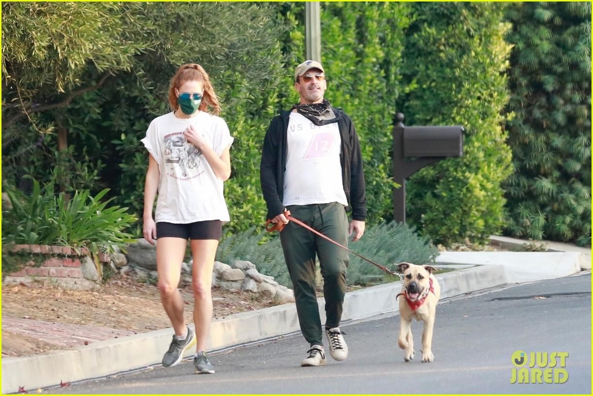 jon hamm anna osceola take his dog for a walk 074502427