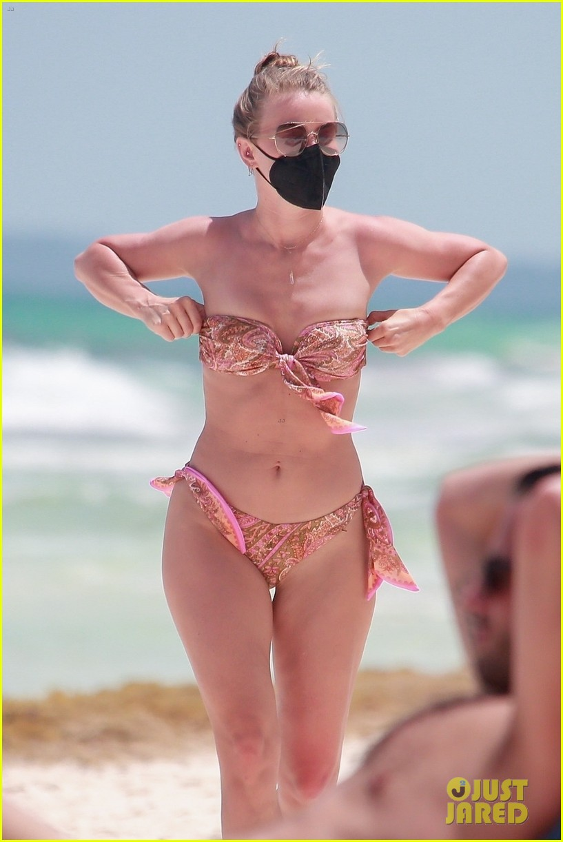 julianne hough goes for dip in ocean mexican vacation 044549501