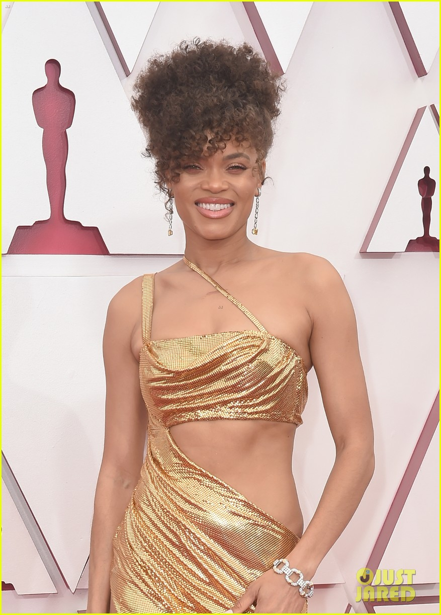 gold trend looks red carpet oscars 034547949