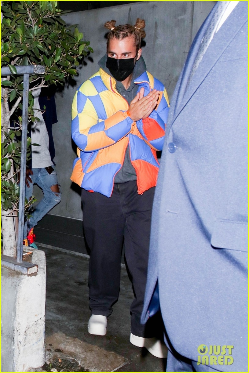 justin bieber wears hair in top knots for night out 024556314