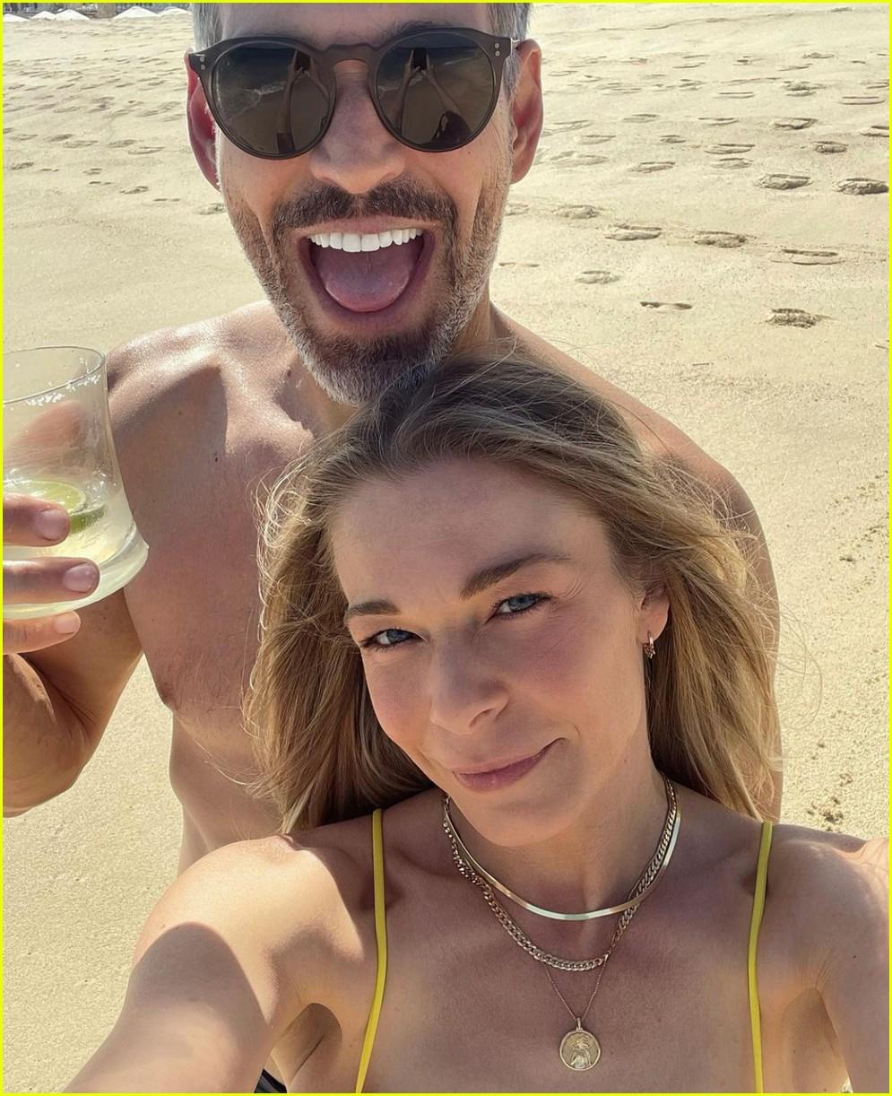 leann rimes eddie cibrian beach vacation 034552147