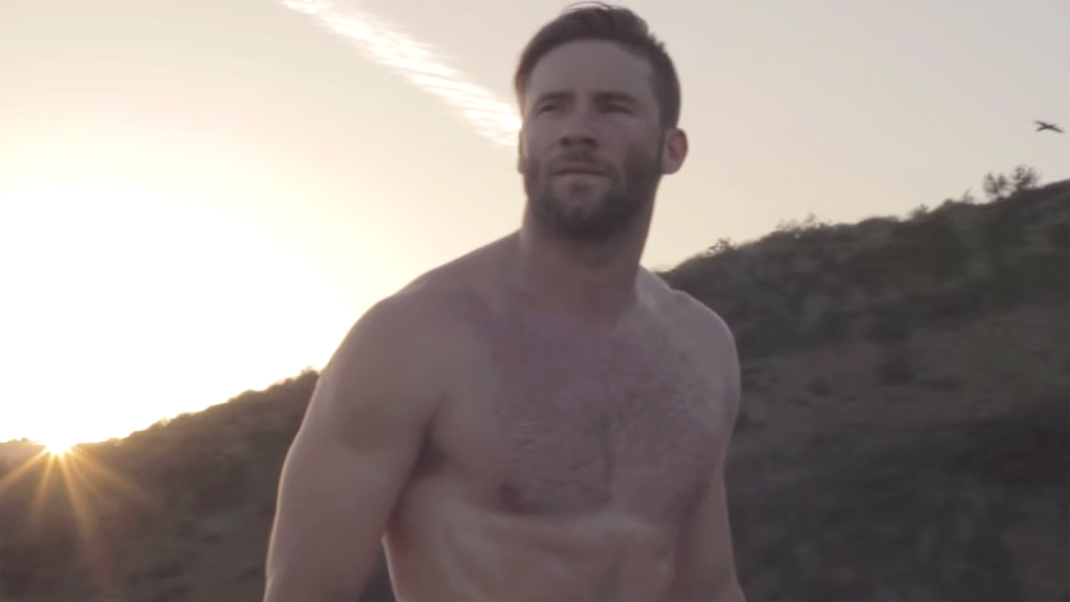Julian Edelman Does A Shirtless Workout With Jimmy Garoppolo Jimmy Garoppolo Julian Edelman Shirtless Just Jared
