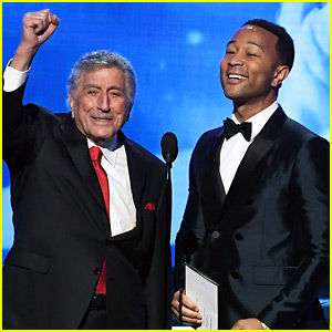 John Legend & Tony Bennett Sing 'New York, New York' at Grammys 2018 (Video)