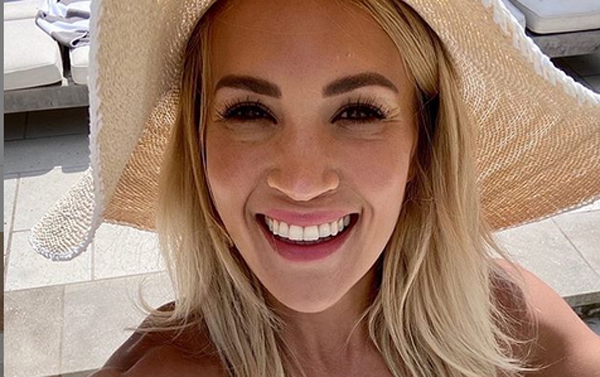 Carrie Underwood Shows Off Killer Summer Body In New