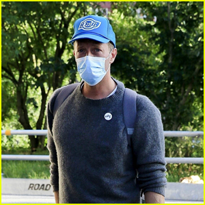 Chris Martin Arrives in Sweden for a Meeting at Max Martin's Studio!