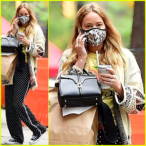 Jennifer Lawrence Looks Comfy in Her Casual Outfit While Stepping Out for Lunch!