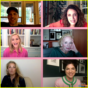Reese Witherspoon, Selma Blair & 'Legally Blonde' Cast Reunite & Announce Premiere Date For 'Legally Blonde 3'