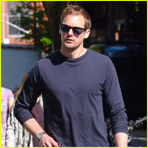 Alexander Skarsgard Soaks Up the Sunny Weather with a Walk in NYC